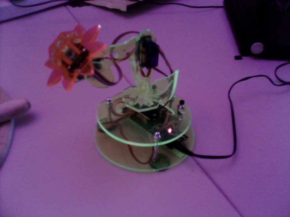 solarroboflower.jpeg